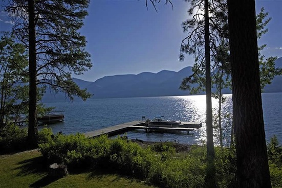 Flathead lake the most beautiful house on flathead lake for Lake house photos gallery