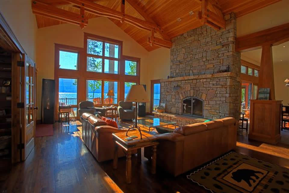 House gallery the most beautiful house on flathead lake for Lake house photos gallery